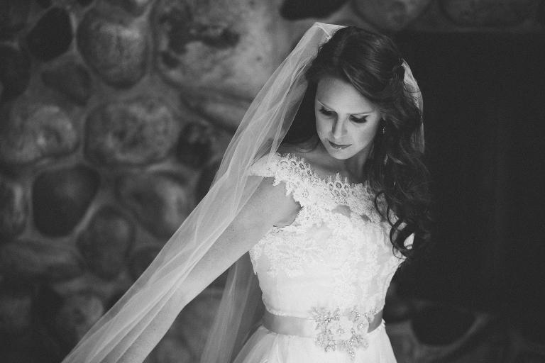 Bella vista bride getting ready
