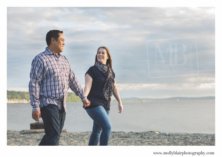 Seattle beach engagement photos
